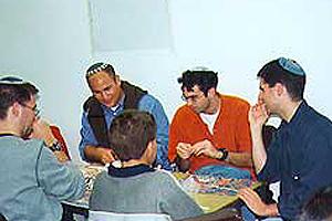 קבוצת רבנים מניו-יורק פוגשת את ילדי חורפיש
